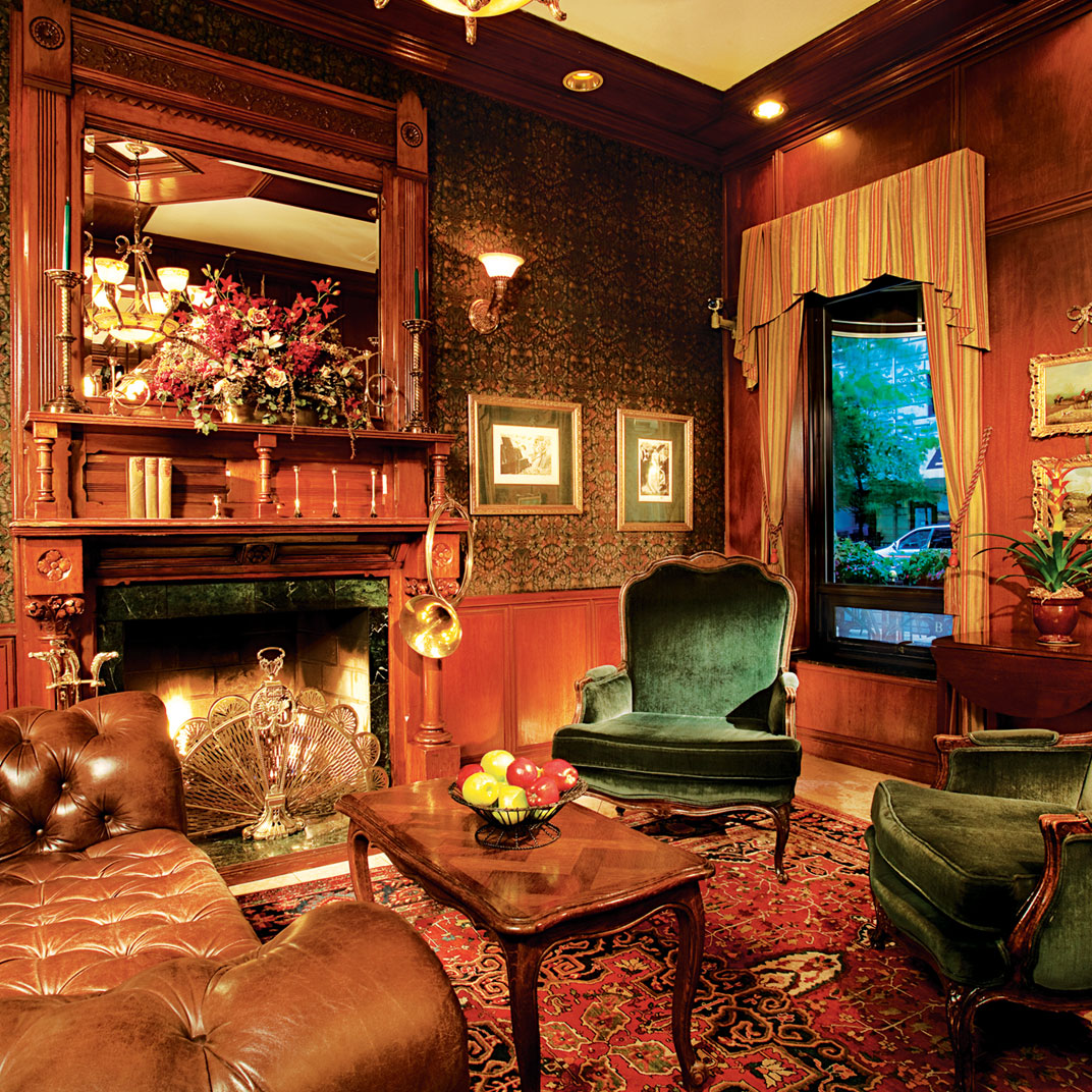 Top 10 best boutique hotels in chicago tablet hotels for Small boutique hotels chicago