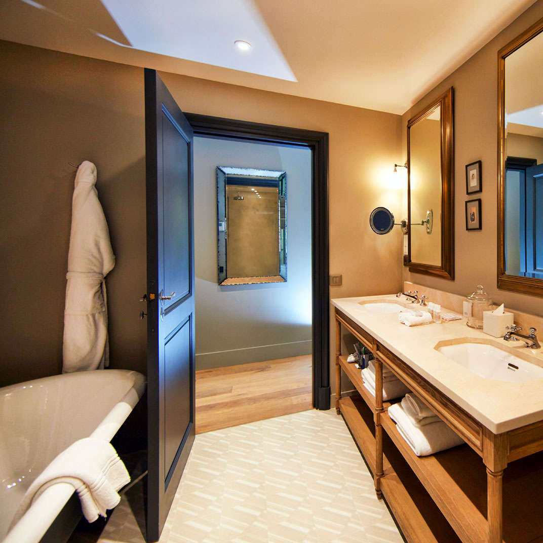 Domaine de fontenille lauris provence verified reviews for Tablets hotel