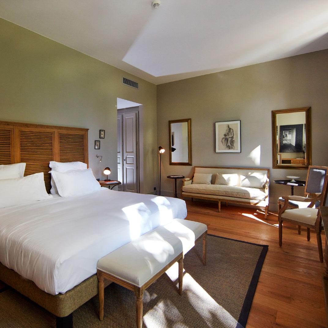 Domaine de fontenille lauris provence verified reviews for Tablet hotel