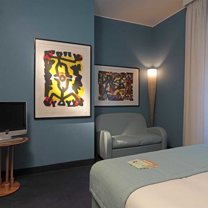 tablet hotels milan - photo#22