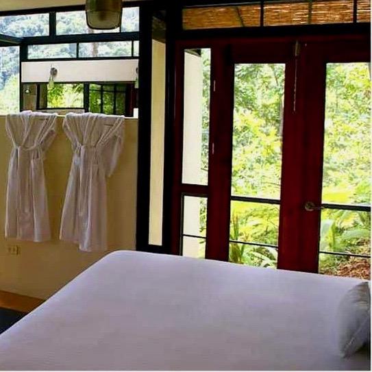 Treehaus Kitchen: Rancho Pacifico (Puntarenas, Costa Rica) Hotel Reviews
